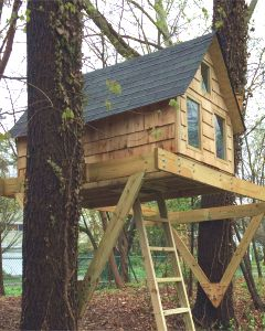 Alpino children's treehouse